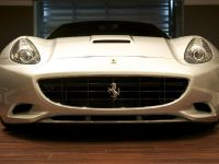 DMC Ferrari California 3S Silver Carbon Fiber, 2 of 16