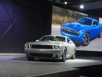 thumbnail image of Dodge Challenger Scat Pack Shaker New York 2014