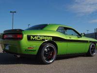 Dodge Challenger Targa, 2 of 5