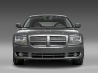 Dodge Magnum and Magnum SRT8 , 1 of 7