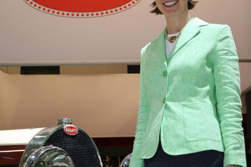 Emanuela Вильма руководителя по связям со СМИ на Bugatti