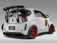 Evasive Scion iQ, 2 of 12