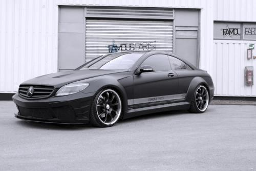 Знаменитый частей Mercedes-Benz CL 500 Black Matte Edition