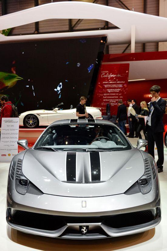 Ferrari 458 Speciale Geneva