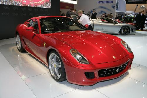 Ferrari 599 GTB Fiorano HGTE и мировая премьера 599xx