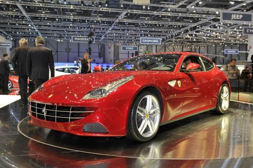 Ferrari FF - аварии [видео]