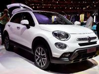 thumbnail image of Fiat 500X Paris 2014