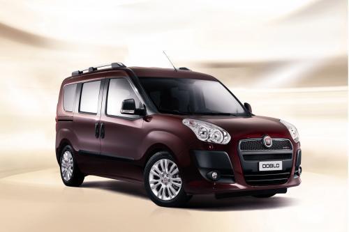 Новый Fiat Doblo: осень дизайн