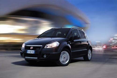 """Fiat Sedici: официальный автомобиль лагерь \"""" Ювентус\"""""""