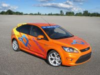 Electric-Powered Ford Focus Ready to Race on The Jay Leno Show