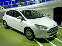 thumbnail image of Ford Focus EV Detroit 2011