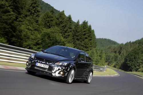 Новый Ford Focus RS на треке, как первые подробности подтвердил