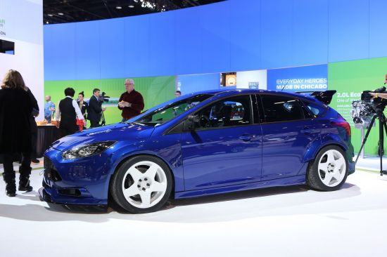 Ford Focus ST by Fifteen52 Chicago