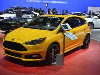 thumbnail image of Ford Focus ST Los Angeles 2014