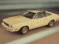 Ford Mustang 1976, 1 of 2