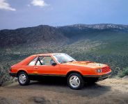 Ford Mustang 1979, 2 of 4