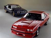 Ford Mustang 1982, 2 of 3