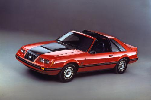 Mustang 45-летие, ностальгический взгляд в прошлое: 1983-1993