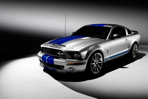 Ford Mustang является популярным выбором среди подростков