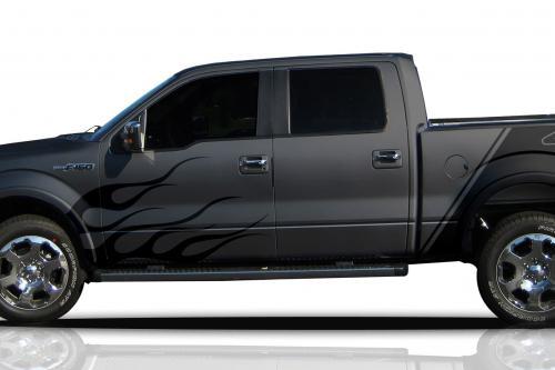 Ford расширяет пользовательские графики с сайта Mustang и F-150 модели
