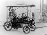 Gasoline engine by Daimler, 3 of 4