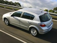 Holden Astra, 13 of 18