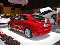 thumbnail image of Honda Civic 1.6 i-DTEC Paris 2012