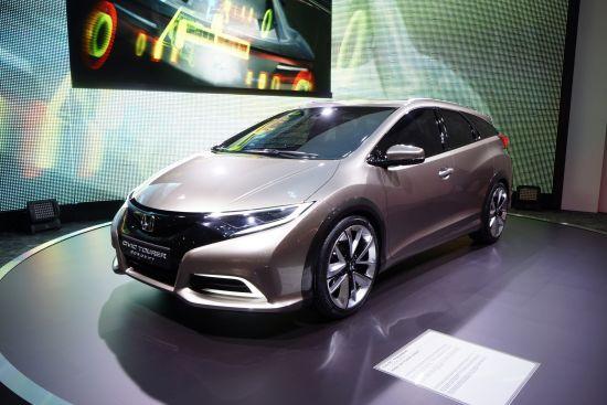 Honda Civic Tourer Concept Geneva
