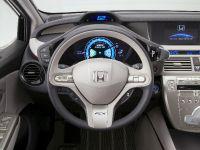 Honda FCX Clarity, 27 of 35
