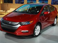 thumbnail image of Honda Insight Hybrid Detroit 2009