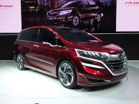 thumbnail image of Honda MPV Concept Shanghai 2013