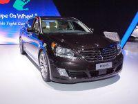 thumbnail image of Hyundai Equus New York 2013