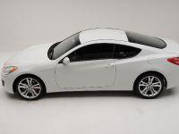 Hyundai Genesis Coupe R-Spec, 2 of 9