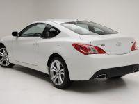 Hyundai Genesis Coupe R-Spec, 7 of 9