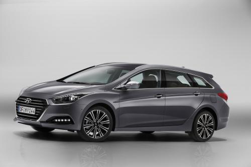 Компания Hyundai представила улучшенную i40 для Европейского рынка