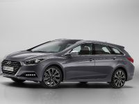 Hyundai New i40 Tourer and Saloon, 1 of 4