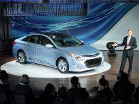 thumbnail image of Hyundai Sonata Hybrid New York 2010