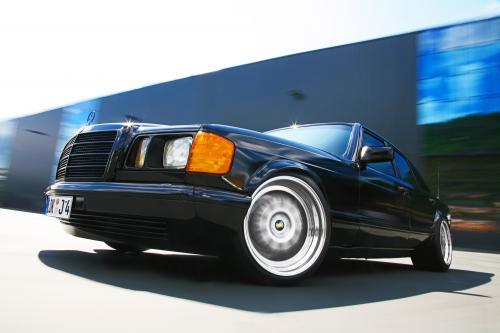 INDEN-Design Mercedes-Benz 560 SE - настоящий гангстерский автомобиль для бегства