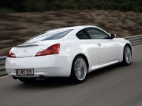 Infiniti G37 Coupe, 16 of 20