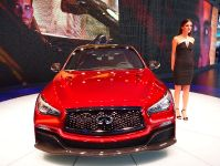 Infiniti Q50 Eau Rouge Detroit 2014, 2 of 7