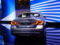 thumbnail image of Infiniti Q70 Paris 2014