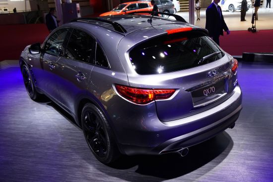 Infiniti QX 70 Paris