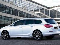 thumbnail image of Irmscher Opel Astra Sport Tourer