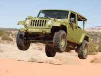 Jeep Wrangler J8 Sarge, 2 of 2