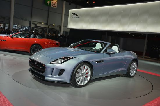 Jaguar F-TYPE Paris