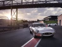 Jaguar Lightweight E-Type , 1 of 4