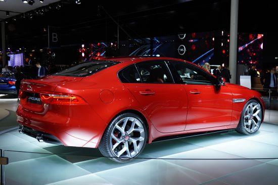 Jaguar XE Paris