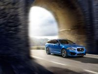 Jaguar XFR-S Sportbrake, 4 of 22