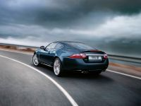 Jaguar XKR Portfolio, 8 of 9