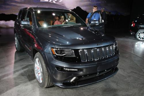 thumbs Jeep Grand Cherokee SRT Detroit 2013, 1 of 3